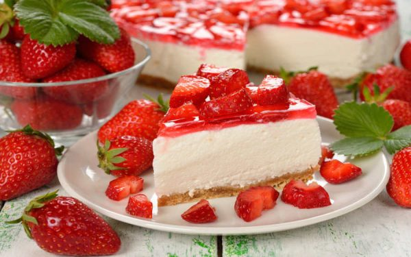 cake dessert sweet berries 900